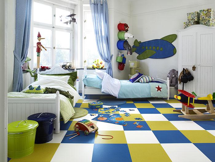 пол в детскую комнату