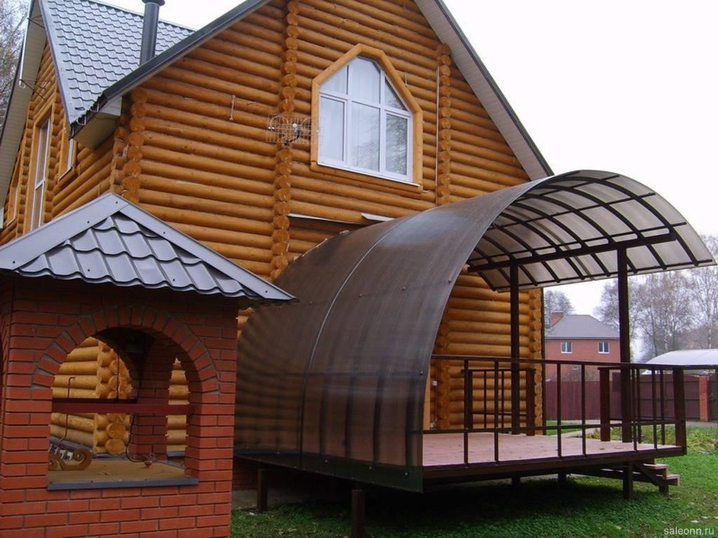 Терраса с крышей из поликарбоналта