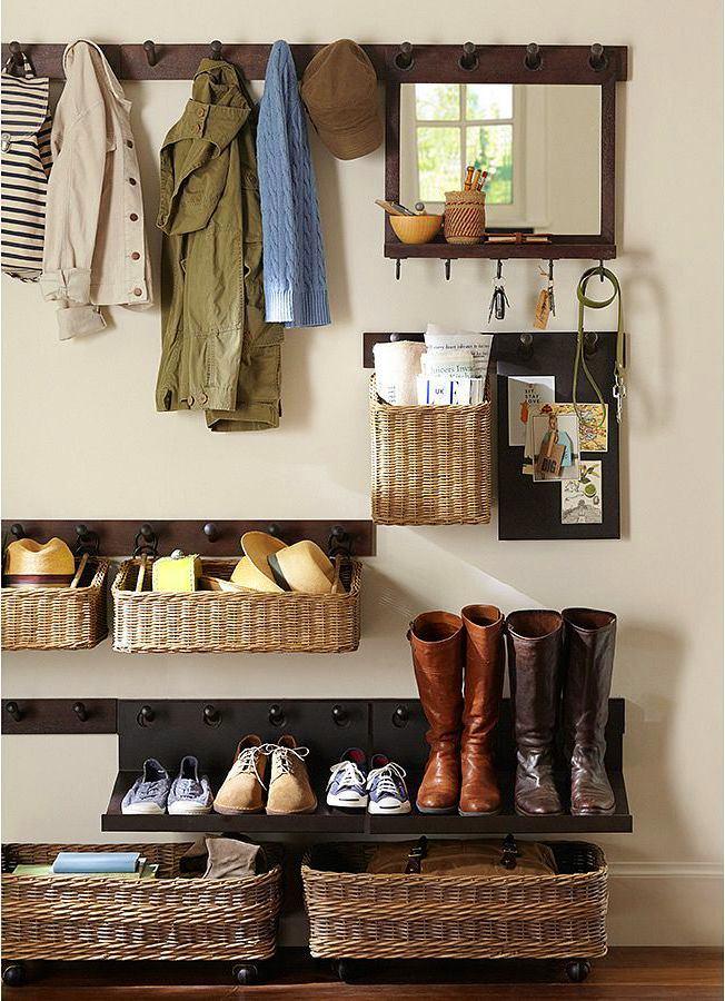идеи для маленькой прихожей хранение вещей на разных уровнях