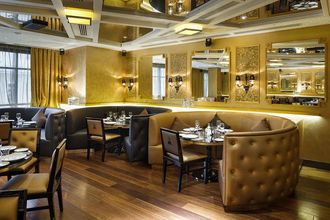Какими должны быть идеальные столы для кафе, баров и ресторанов