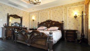 качественная кровать в интерьере