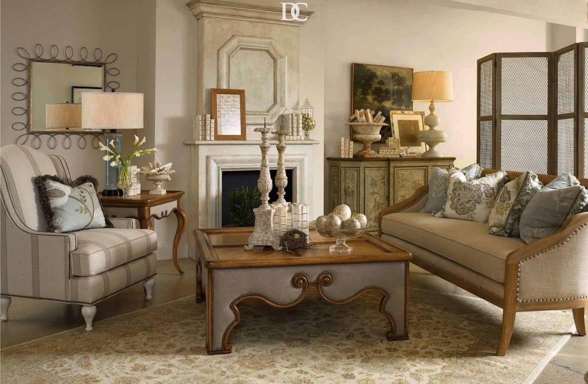 Россияне выбирают стандартную мебель вместо антикварной