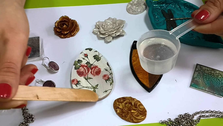 Жидкий пластик для заливки сувениров