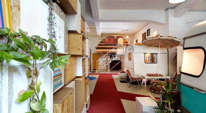 Гостиница Hüttenpalast в Берлине