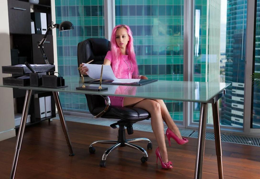 Какие столы выбрать для работы в офисе